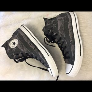 Greg star patterned men's converse high tops